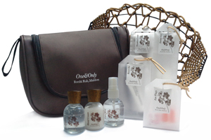 OOM_Essentials Amenity Set for Gentlemen Unique Luxury